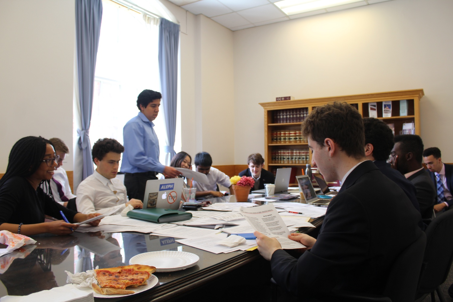 Students participate in the 2018 iteration of the Harvard College Democrats' semesterly lobbying day.