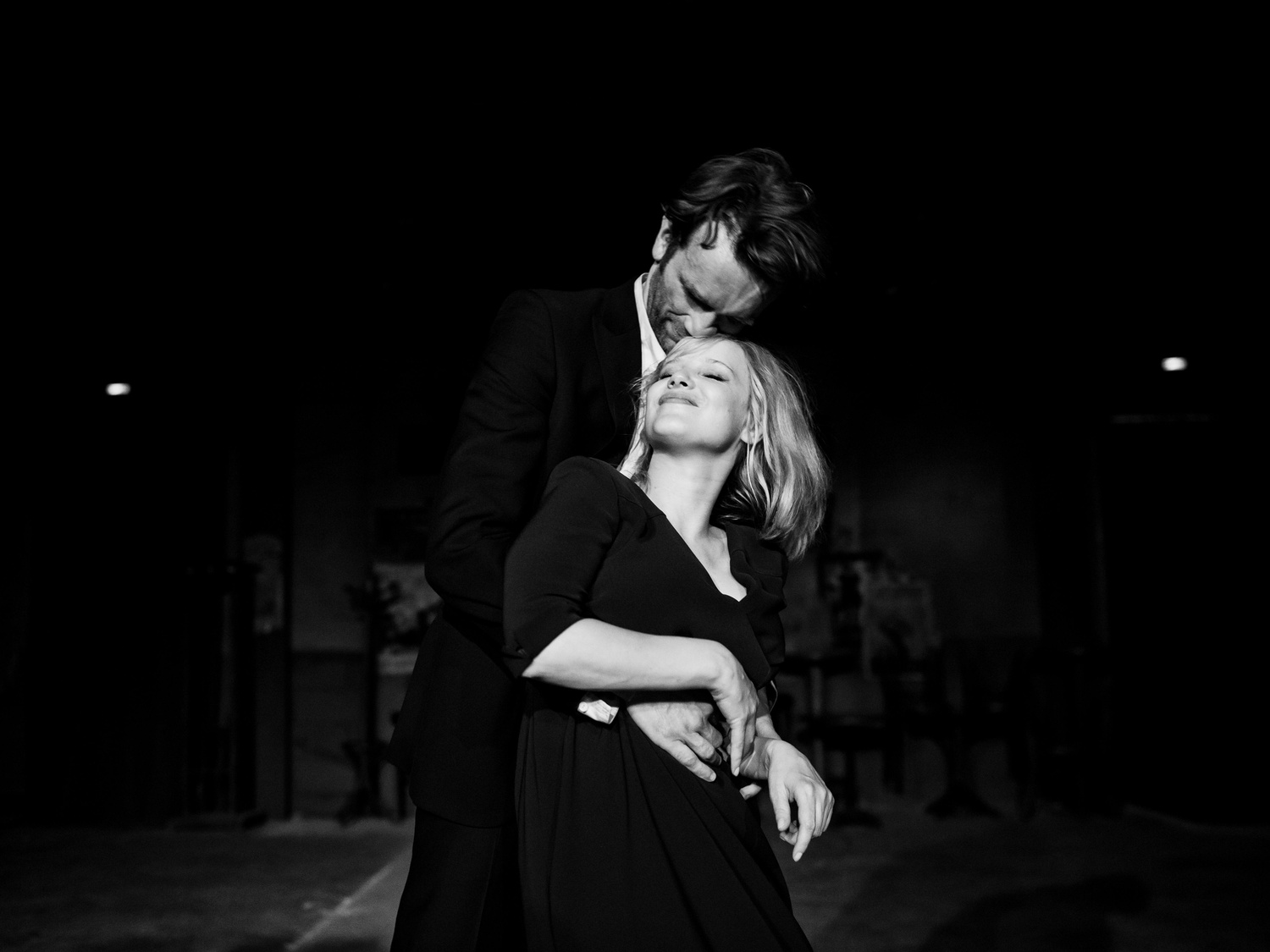 """Joanna Kulig and Tomasz Kot star in """"Cold War,"""" Pawel Pawlikowski's denuded love story set against the backdrop of Cold War-ravaged Europe."""