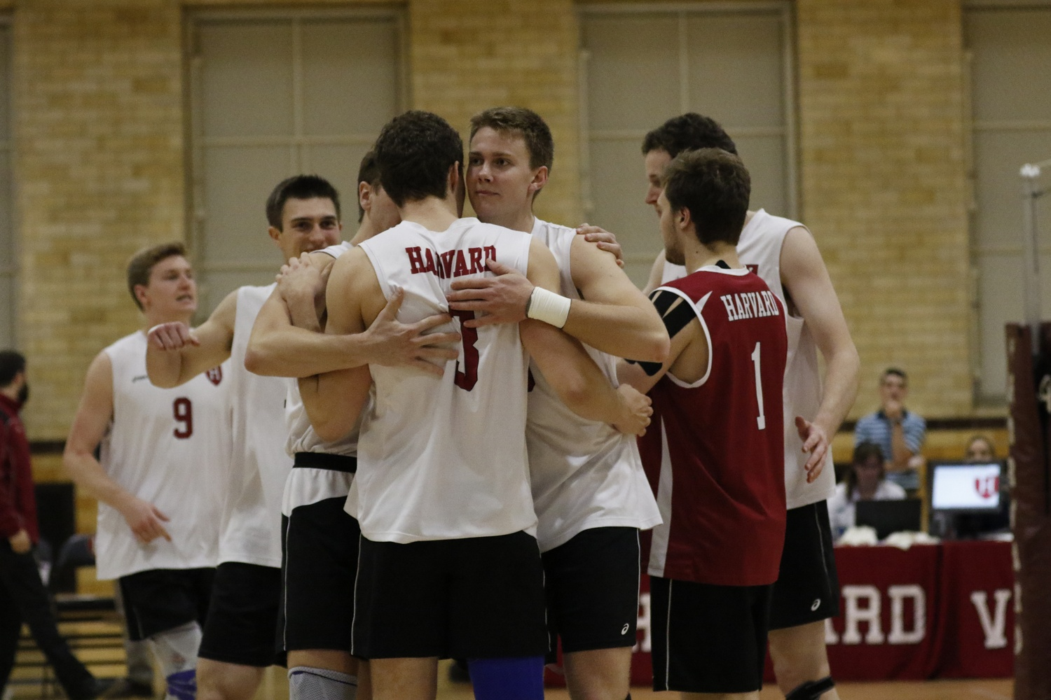 Harvard went just 13-14 on the season, but it recorded an impressive 10-4 conference record.
