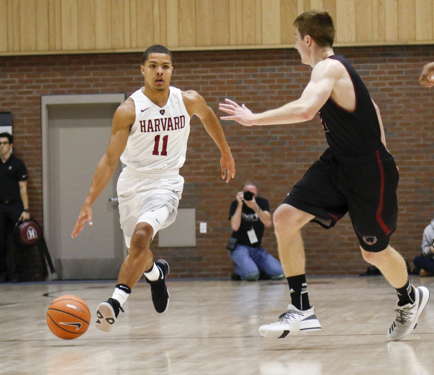 After an injury-riddled sophomore season, former Ivy Rookie of the Year Bryce Aiken hopes to regain his full form as the team's starting point guard.