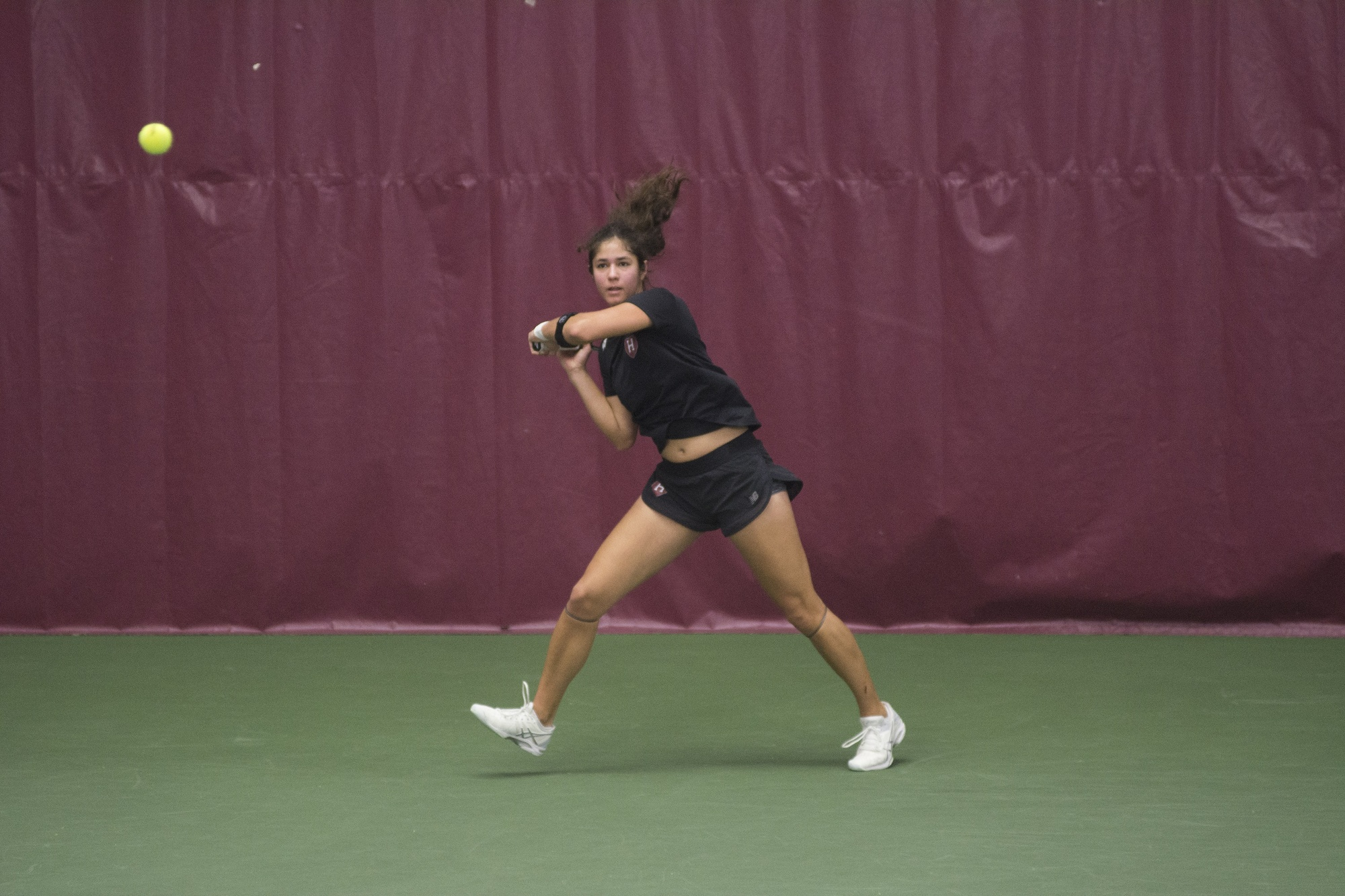 On the first day of the women's appearance at the Dartmouth Invitational, the Crimson won all six of its contests.
