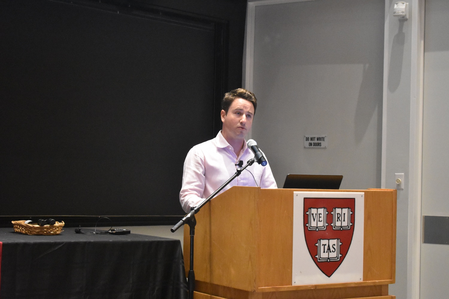 Gabriel Zucman, an Assistant Professor at UC Berkeley, speaks about globalization, taxes, and inequality in Science Center Hall D Wednesday afternoon.