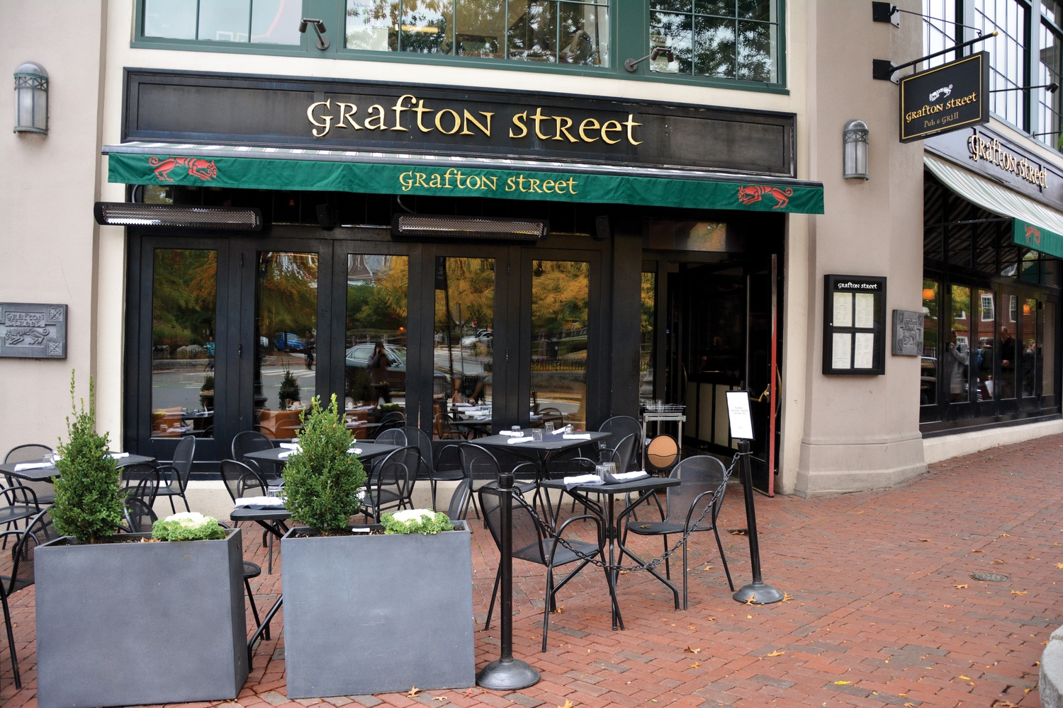 Classroom to Table, now out of money, took students to restaurants such as Grafton Street.