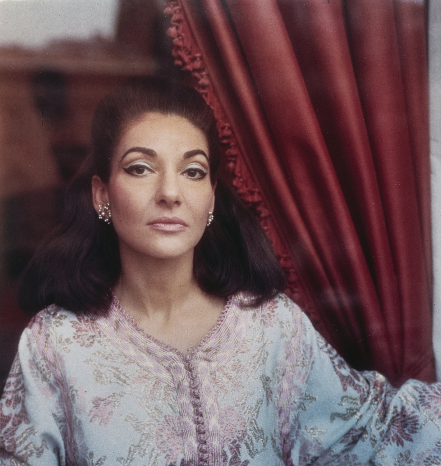 Maria By Callas A Humanizing Portrait Of A Diva Arts The