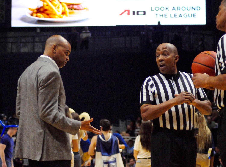 7e35a2908fb Men s Basketball Loses Last-Second Heartbreaker to Rhode Island ...