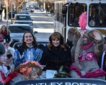 Hasty Pudding Parade Wave