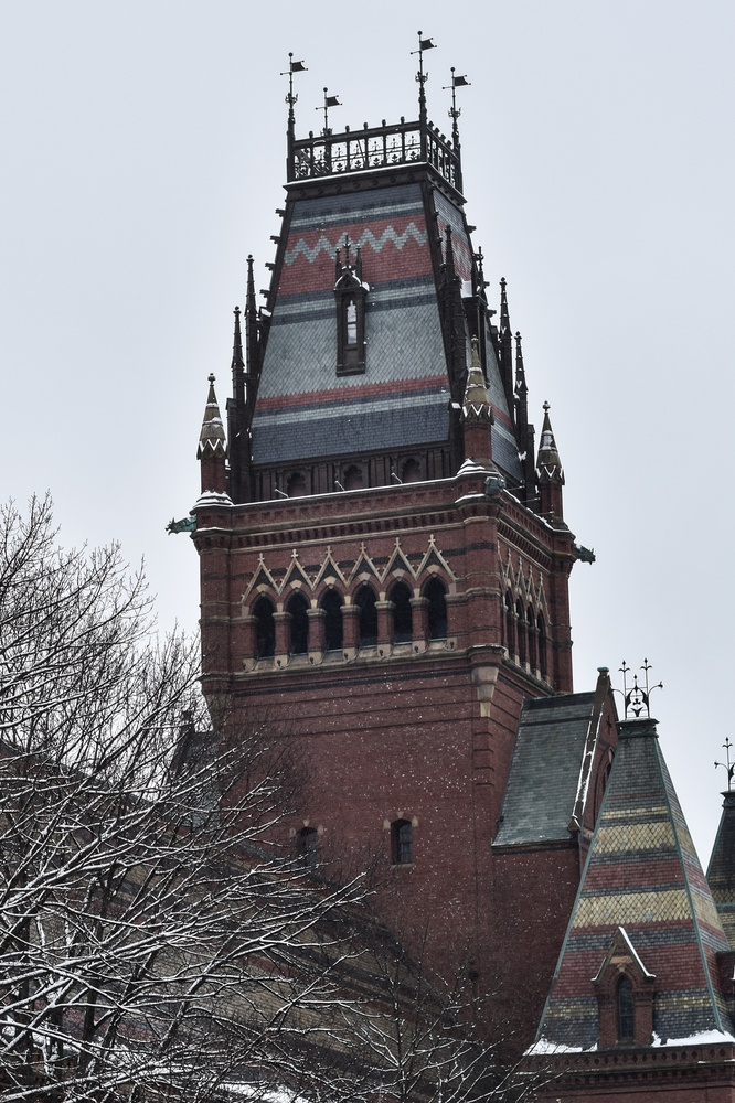 Snow falls for the second time in the past week, continuing to cover buildings like Annenberg across campus.