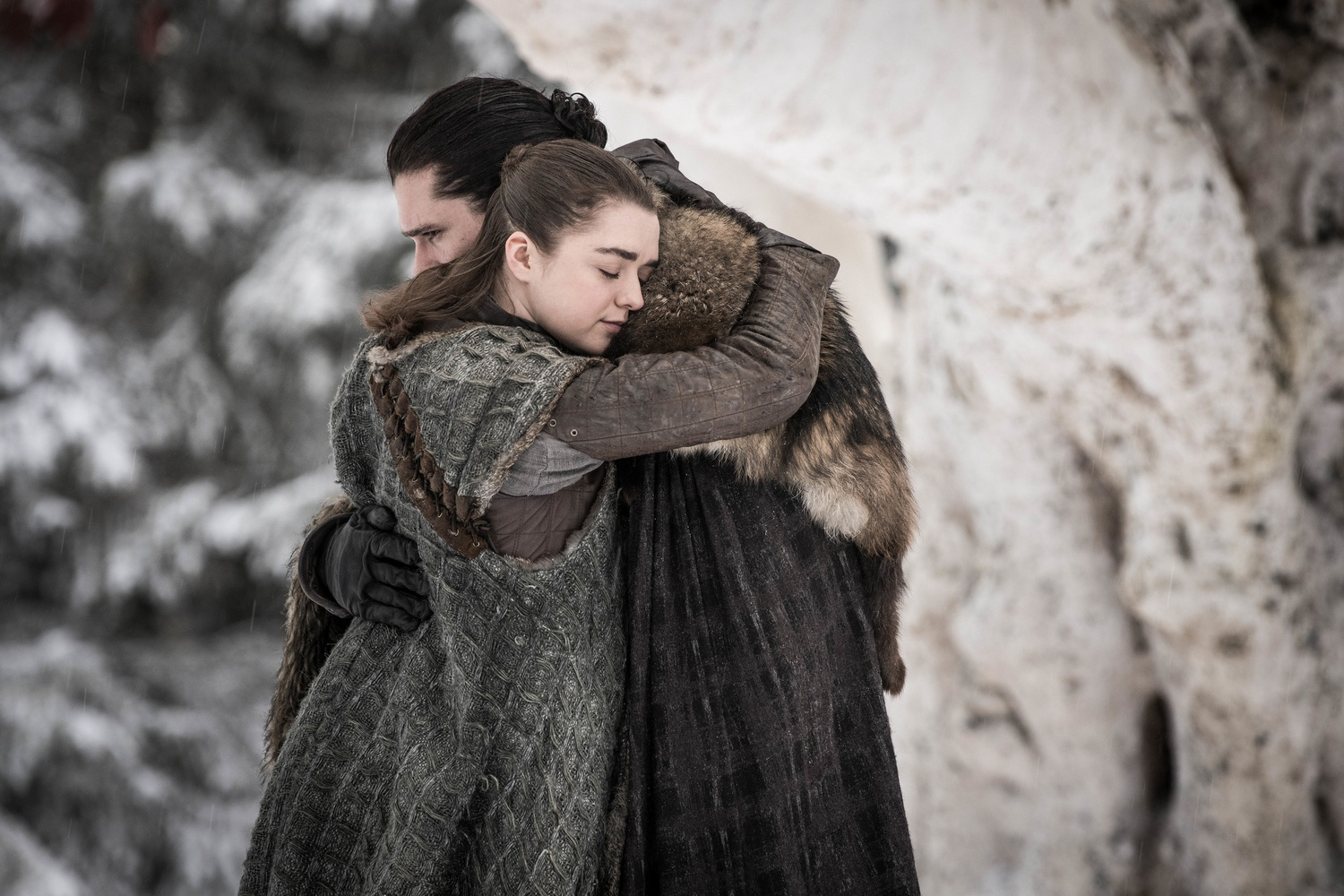 Maisie Williams and Kit Harington in the debut of Season 8.
