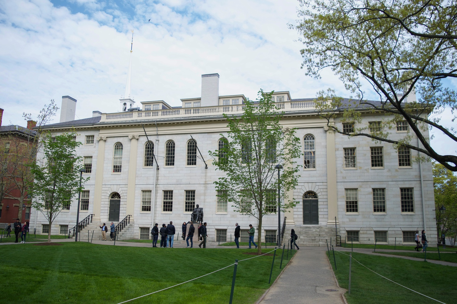 Freshmen will move into their dorms in Harvard Yard on Tuesday while incoming student Ismail B. Ajjawi '23 — a Palestinian resident of Tyre, Lebanon — is still fighting to make it to campus.