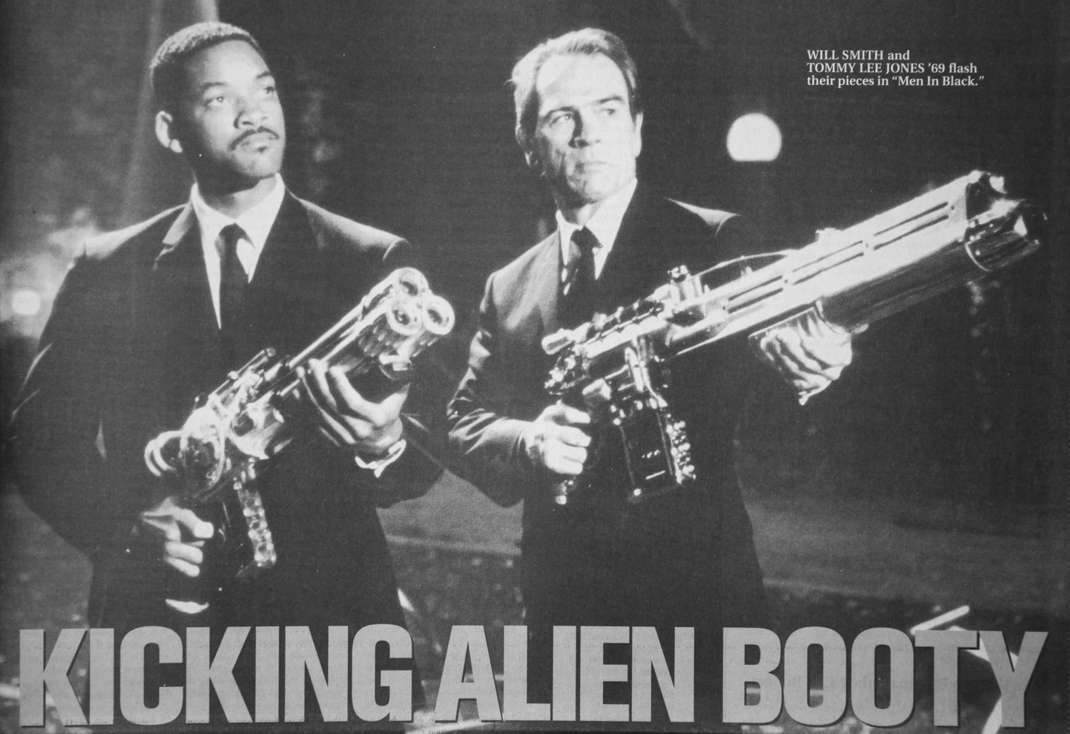 Tommy Lee Jones '69 and Will Smith appear in an advertisement for Men In Black.