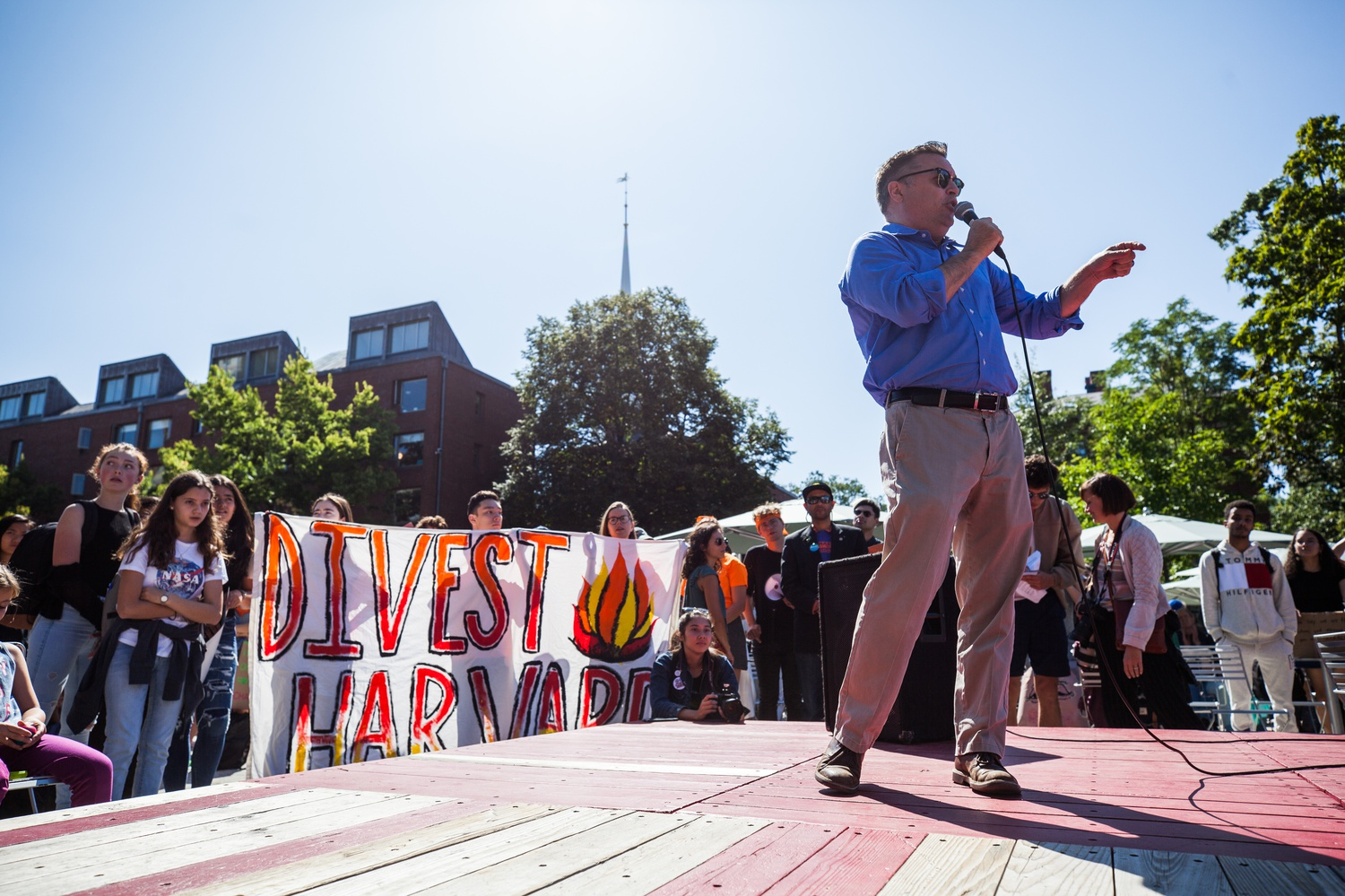Cambridge Mayor Marc C. McGovern spoke at Divest Harvard's Friday climate change rally.