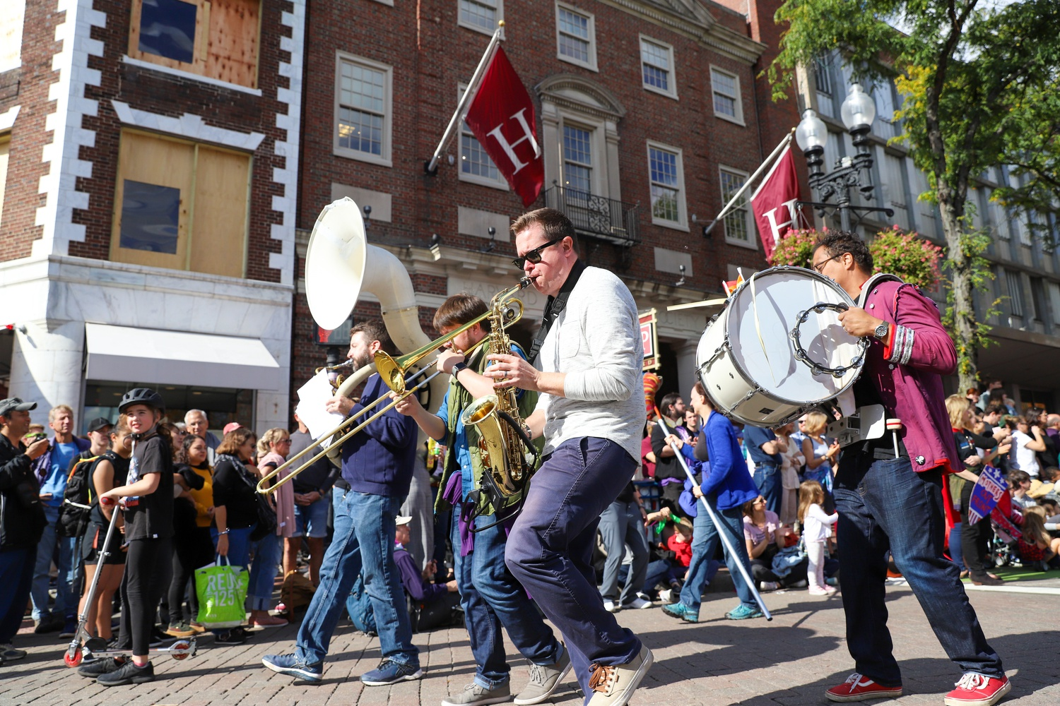 HONK! is a 3-day festival, usually occurring during Indigenous People's Day Weekend, thats brings brass bands from all over the world to Somerville to celebrate music, community, and activism.