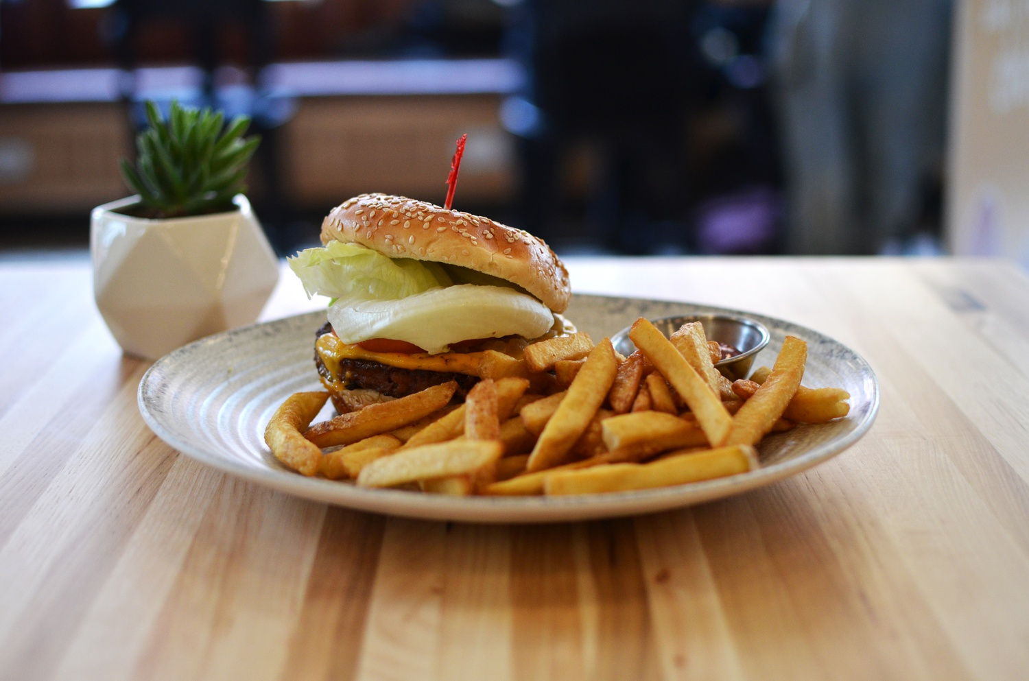 Veggie Grill, a vegetarian chain restaurant originally from the west coast, is bringing Harvard Square a different kind of comfort food.