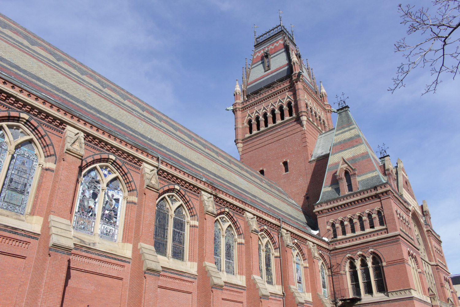 "Harvard's ""Celebration of Scholarships"" dinner is held each spring, and was most recently held in Annenberg."