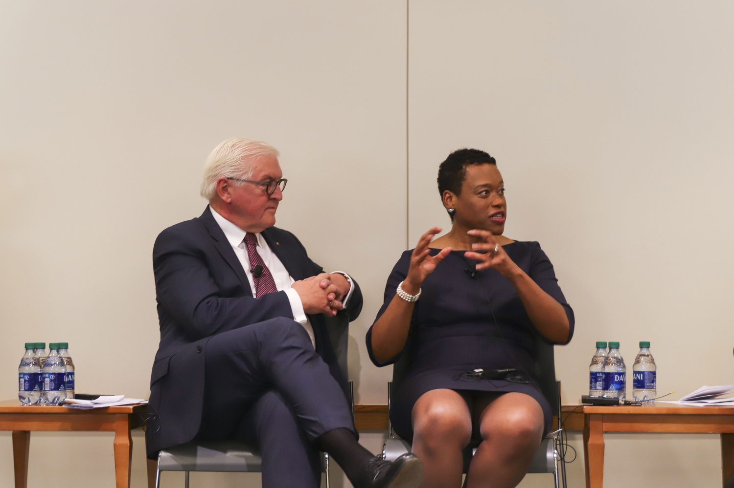 The president of Germany Frank-Walter Steinmeier (left) and Melissa Nobles (right) discuss the ethics of the digital transformation and transatlantic relations at Harvard Law School.