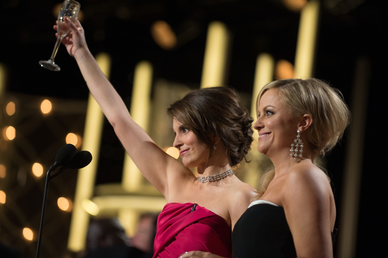 Tina Fey and Amy Poehler, three-time Golden Globes hosts, will return in 2021.