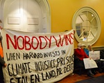 Divest Occupies UHall