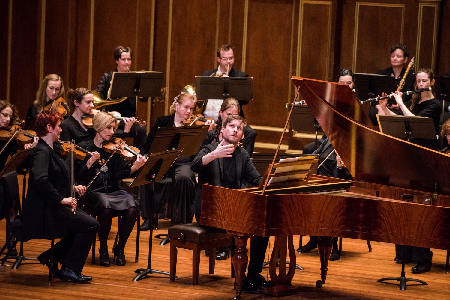 Kristian Bezuidenhout leads the Handel + Haydn Society.