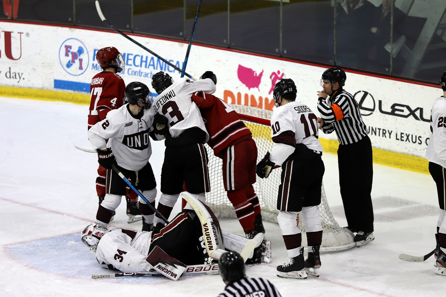 A late-January meeting between the Crimson and the Dutchmen got ugly quickly, as Harvard found twine six times in the second period.