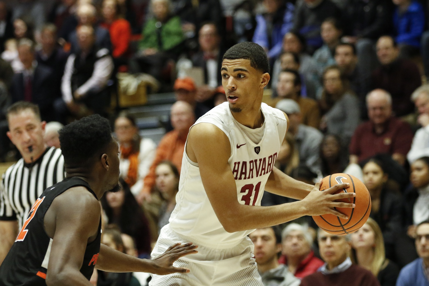 The Columbus, Ohio native last played in the 2017-2018 season, one in which he took home Ivy League Player of the Year.