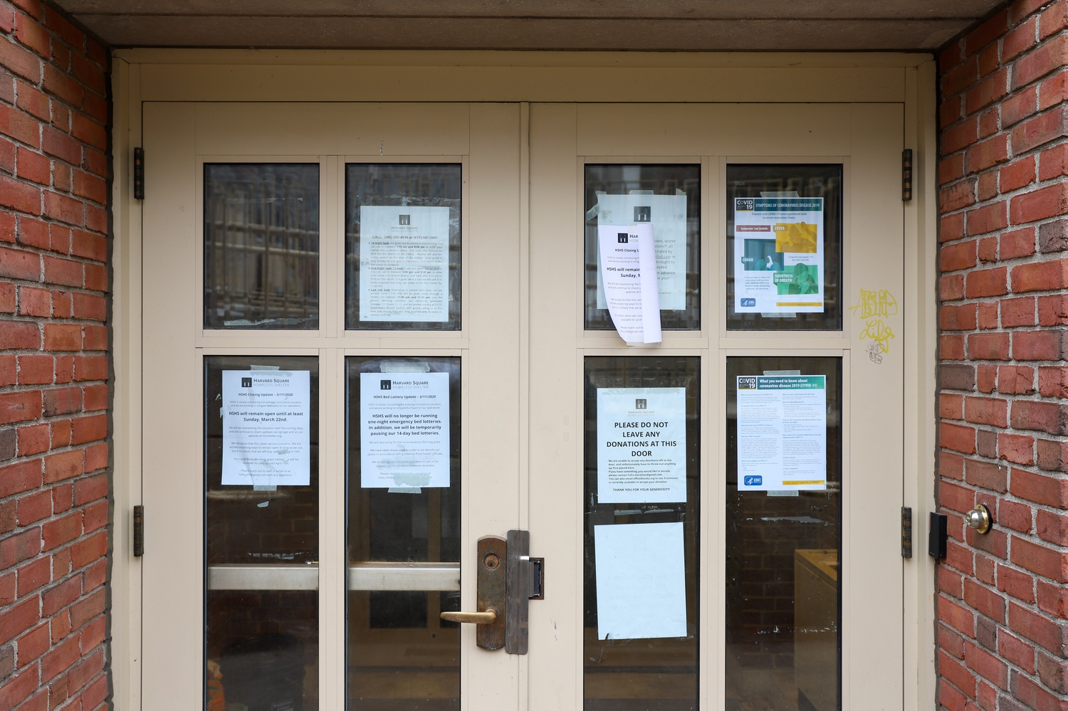 After remaining open throughout Spring Break, Harvard Square Homeless Shelter is closing as a result of the novel coronavirus.