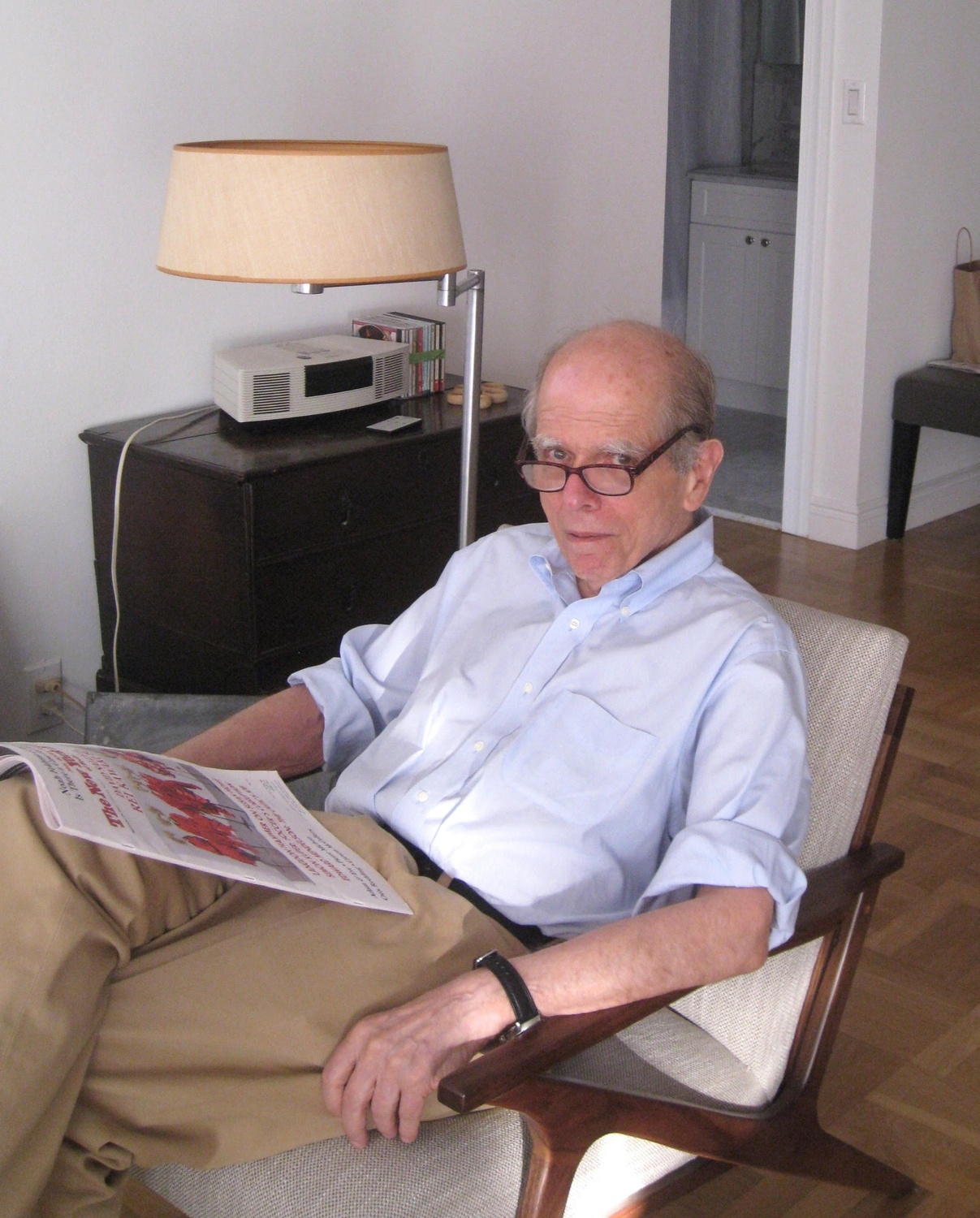 John B. Loengard '56, photographed by Jill Krementz in New York City.