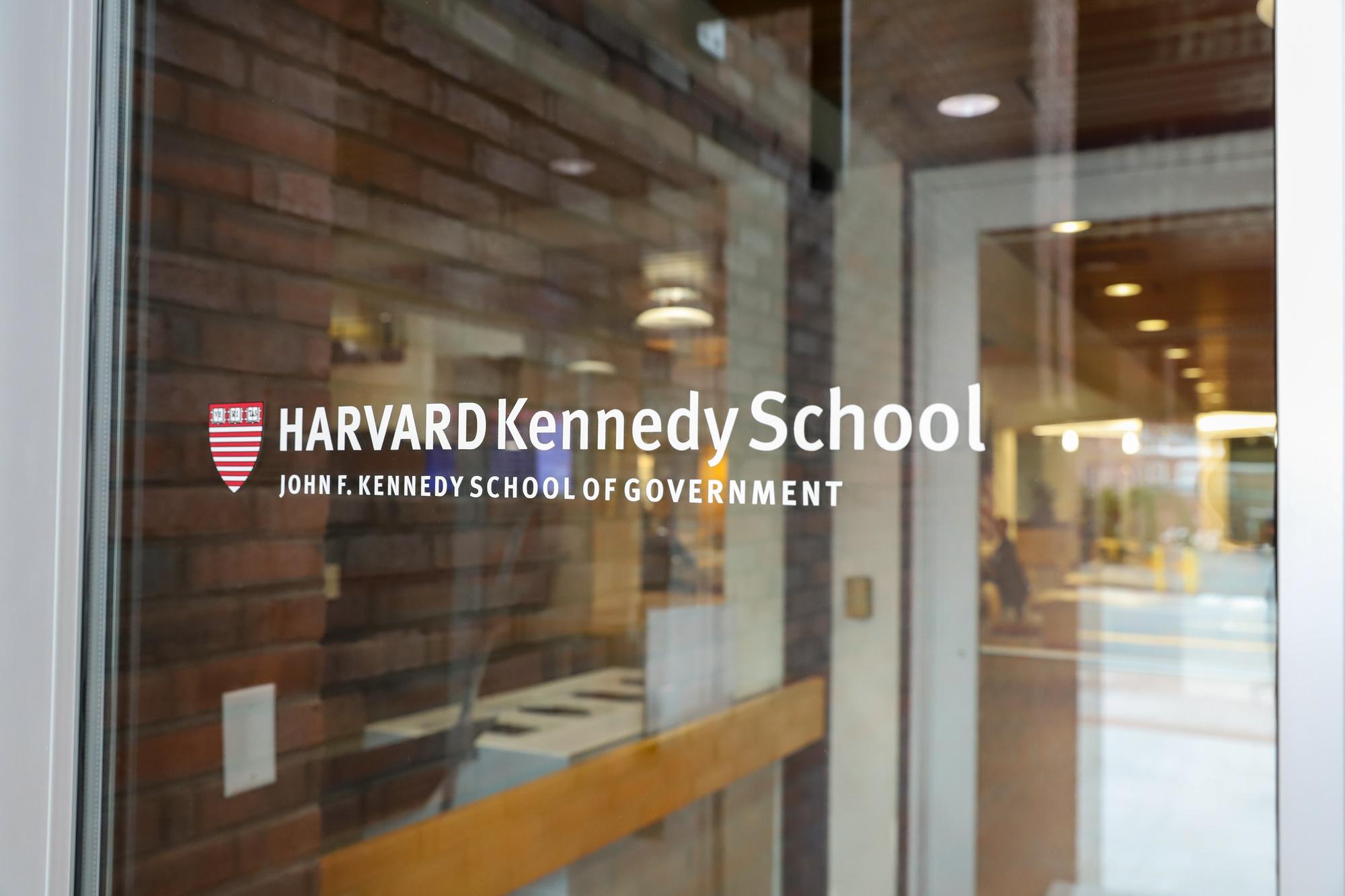 Harvard Kennedy School Students Grapple with Spring 2021 Decision | News | The Harvard Crimson