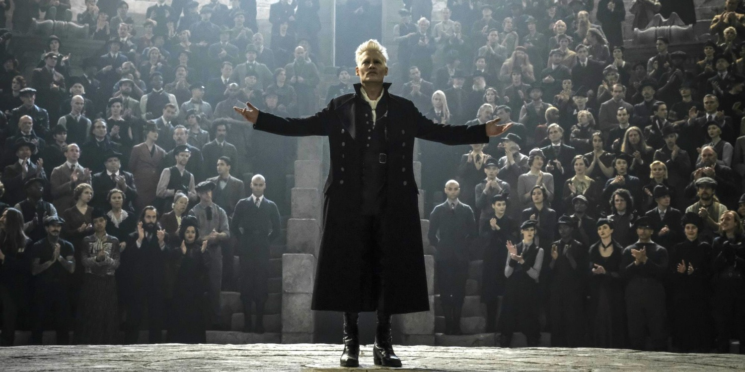 """Johnny Depp as Grindelwald in the """"Fantastic Beasts and Where to Find Them"""" Series"""