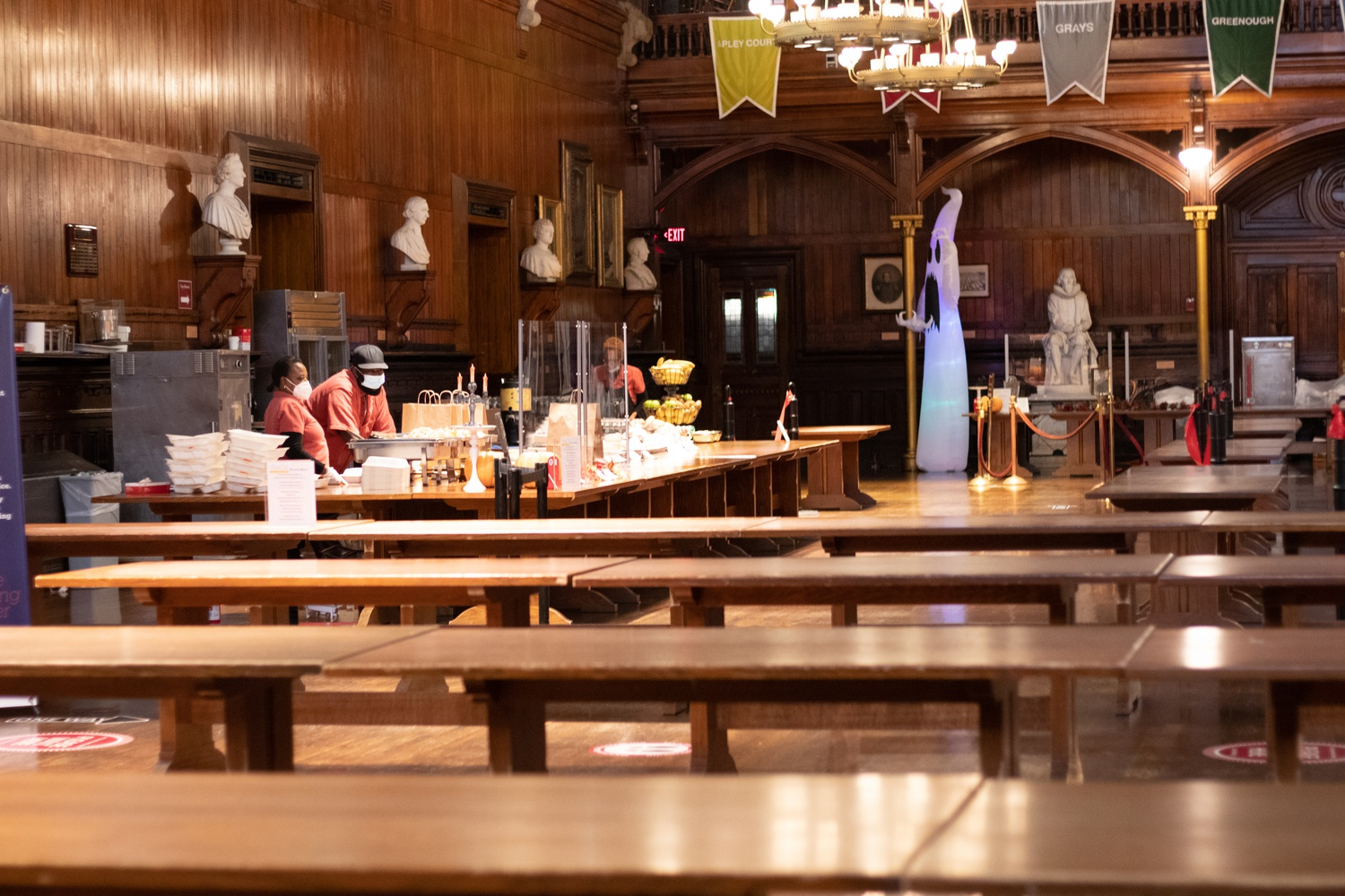 Annenberg Dining Hall remained mostly empty during the pandemic, with students only entering for a few minutes at a time to pick up bagged to-go meals.