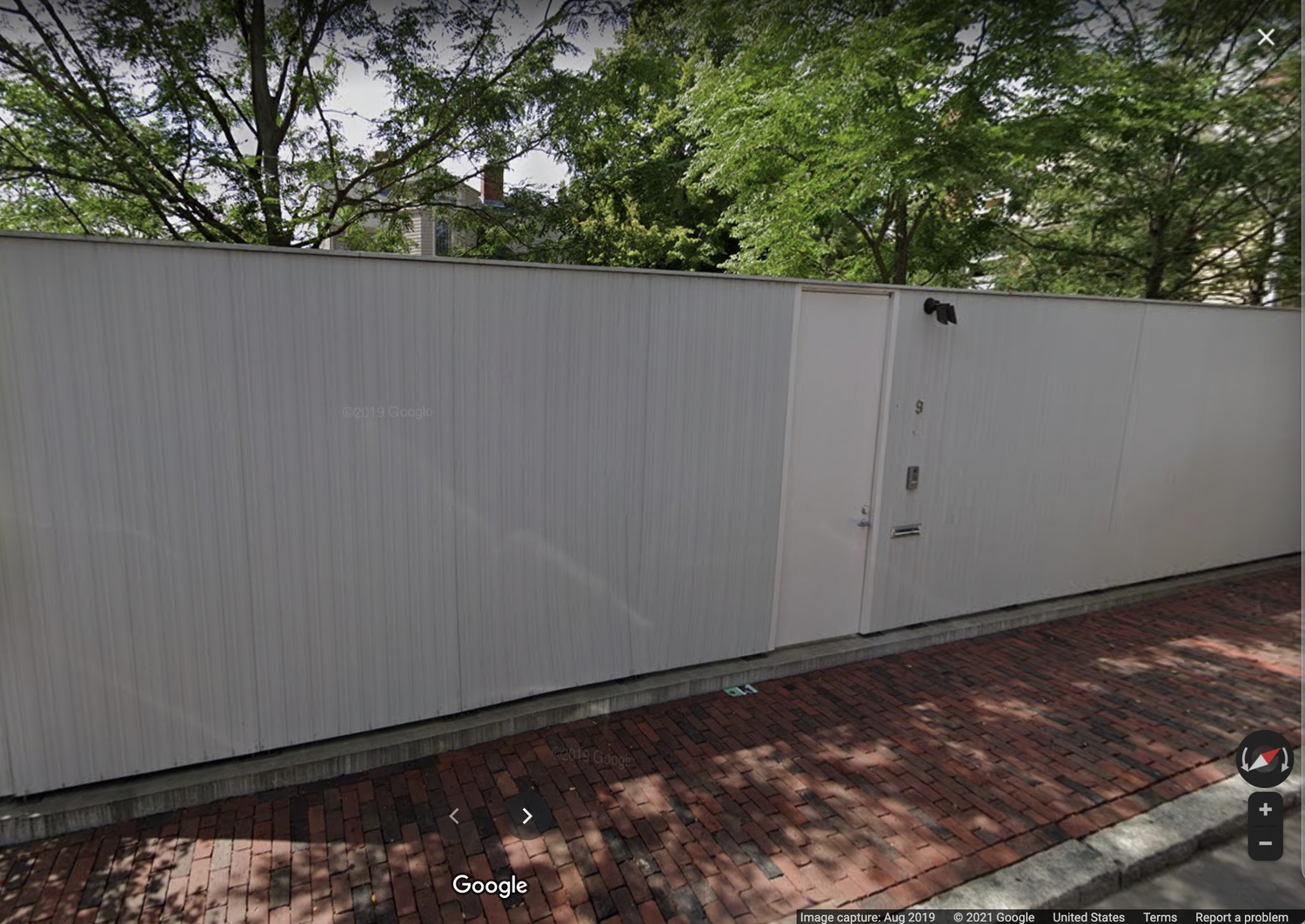 The Harvard Graduate School of Design will no longer refer to one of its houses as the Philip Johnson Thesis House in response to an open letter criticizing its namesake's white supremacist views.