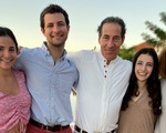 Tommy Raskin with family