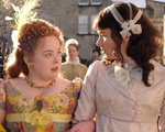 Bridgerton Season 1 Penelope and Eloise Still