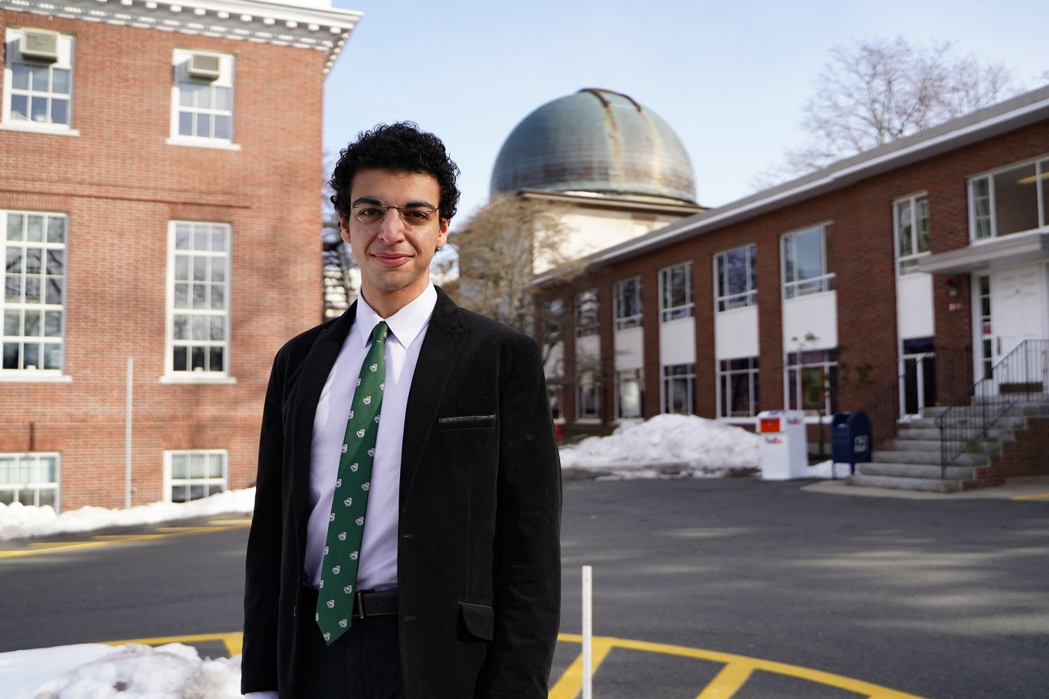 Astrophysics student Amir Siraj '21 and Astronomy professor Abraham Avi Loeb proposed a new model showing that the Chicxulub impactor could have been of cometary, rather than asteroidal origin.