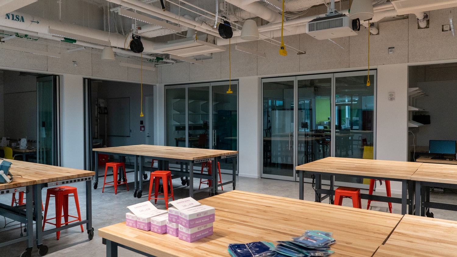 Adjacent to the bottom floor lobby is a 'clubhouse,' a makerspace dedicated entirely for student clubs and their engineering-related projects.