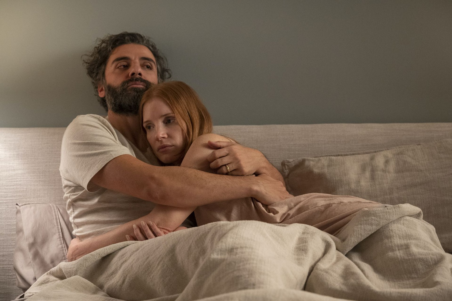 """Oscar Isaac and Jessica Chastain in """"Scenes from a Marriage."""""""
