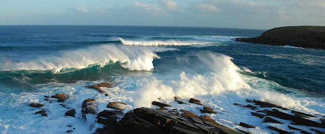 Crashing Waves - Wayne England Flickr