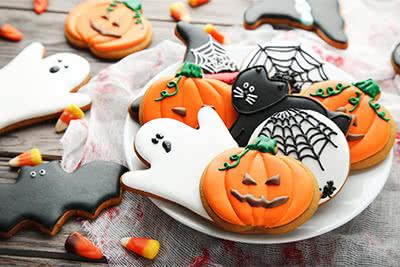 festive Halloween cookies