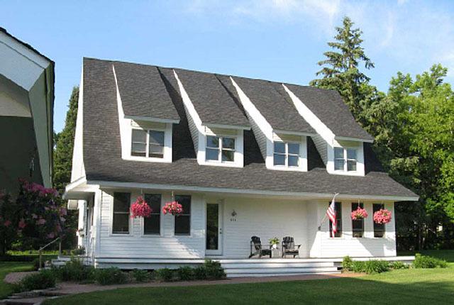 Marine farmhouse simply elegant home designs southern for Simple elegant house plans