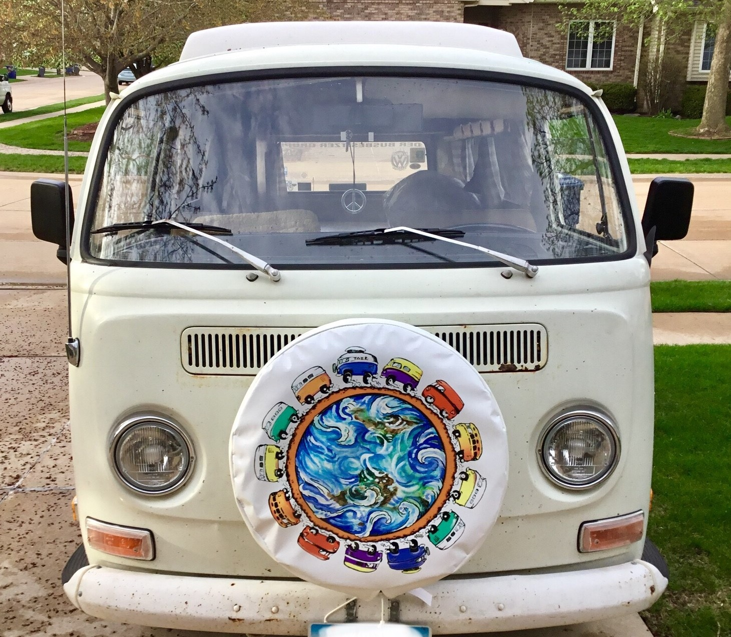 13 VW Bus spare tire cover with white tread