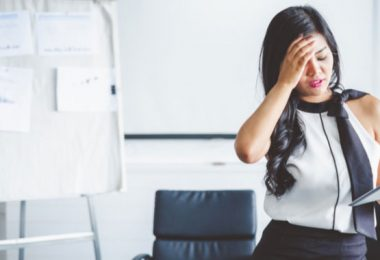 How-to-handle-anxiety-and-stress-in-the-workplace-