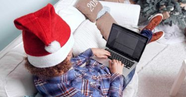 Should-you-search-for-a-job-during-the-holiday-season
