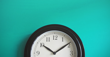 In-a-time-crunch-7-tips-for-writing-a-compelling-resume-against-the-clock