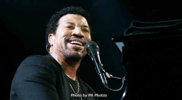Today in K-HITS Music: Lionel Richie at #1