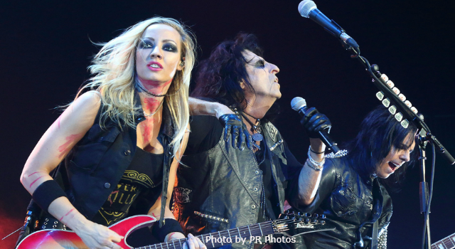 Today in K-HITS Music: Alice Cooper at #1