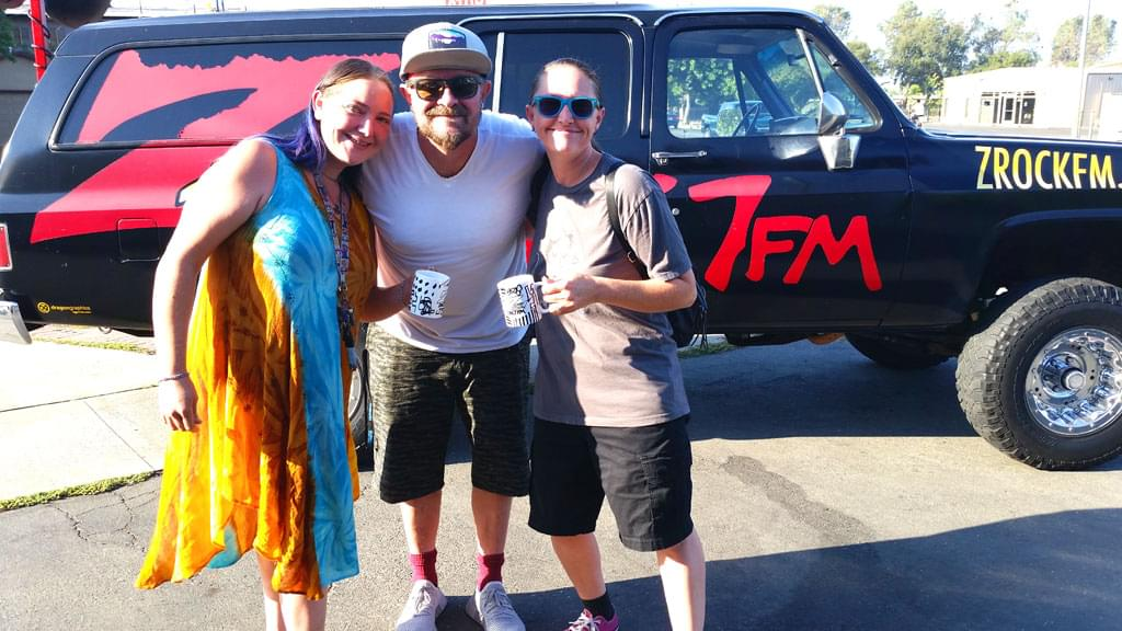 Tim Buc Moore with listeners and Z-Rock doodle mug at Lots 'A Java in Oroville California for Wake the Buc Up August 16th 2018