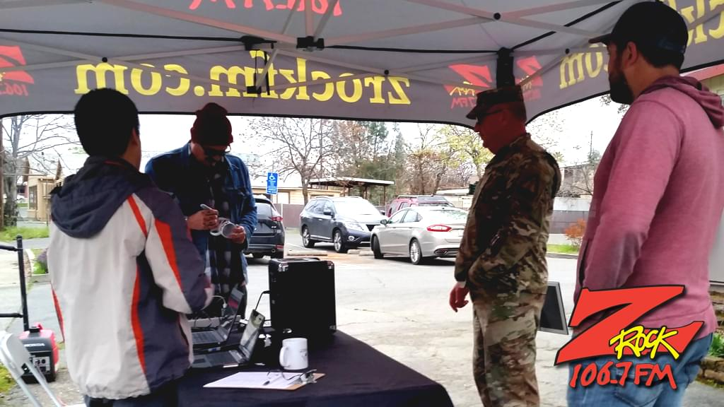 Tim Buc Moore braodcasting live at Jenn's Cafe in Oroville for Wake the Buc Up April 4th 2019