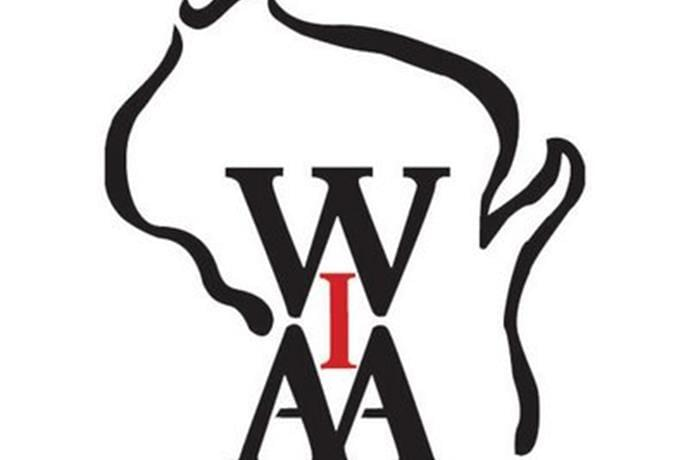 Sparta, Westby Pause Football