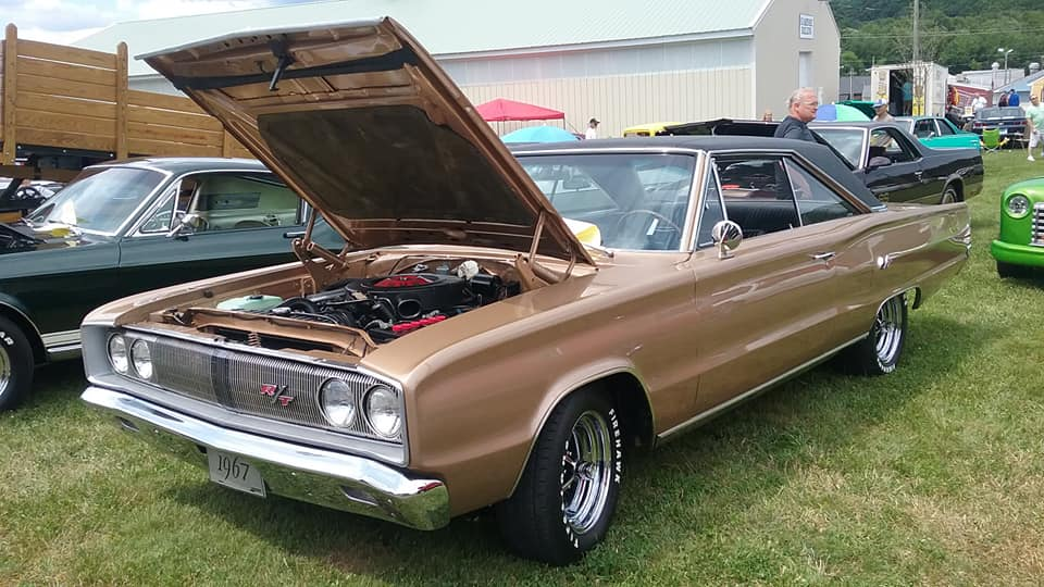 "AJ's ""Badass Friday"" Car of the Day: 1967 Dodge Coronet R/T Hardtop"