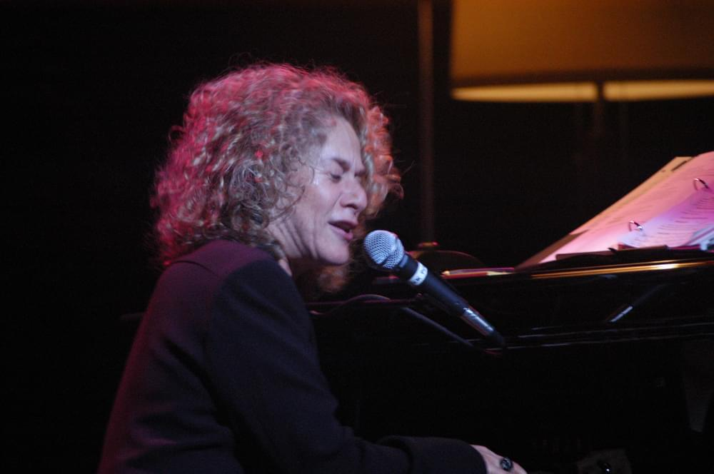 """Carole King Weaves Her """"Tapestry"""""""