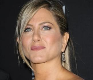 Jennifer Aniston breaks Instagram by joining the site